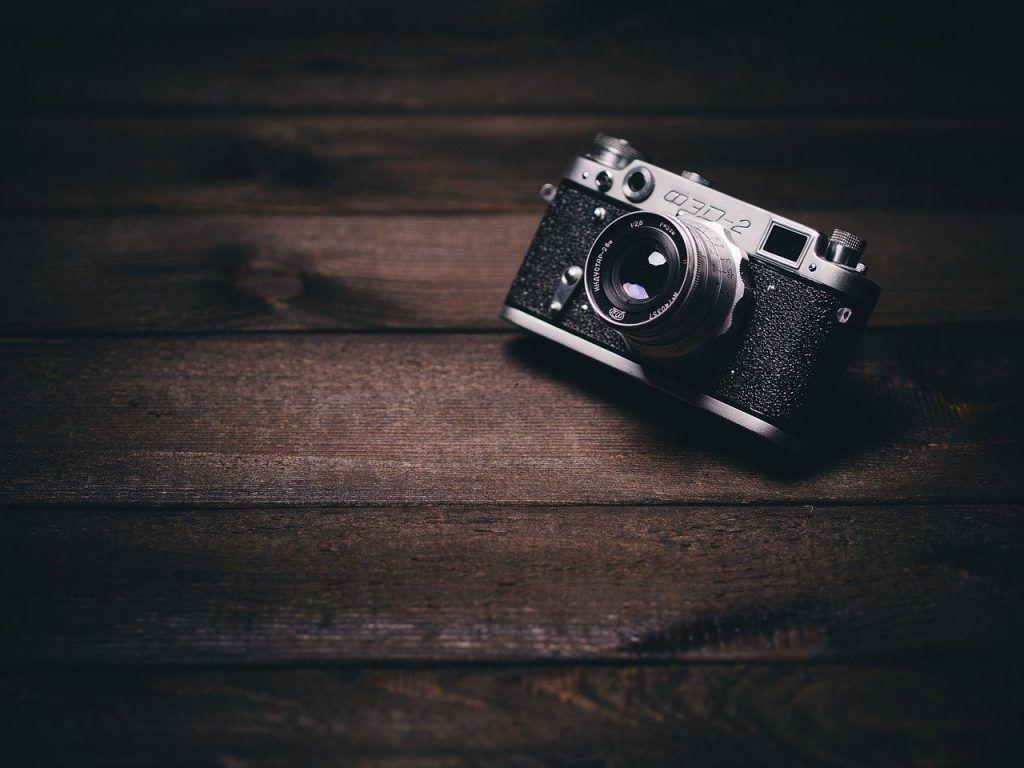camera, vintage, retro-820018.jpg